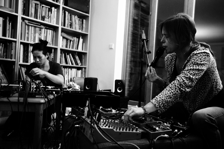 Lynn Cassiers & Pak Yan Lau - hinah session - hinah hq - Brussels, Belgium