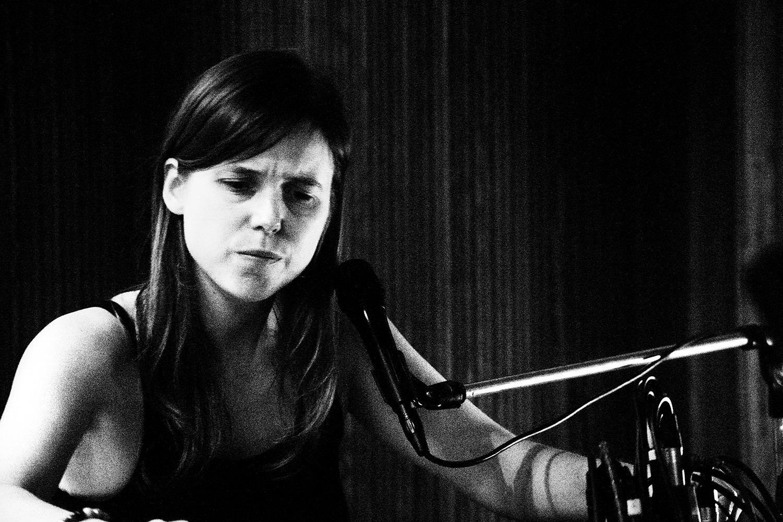 Lynn Cassiers by Laurent Orseau - Fly Music Studio - Brussels, Belgium #3