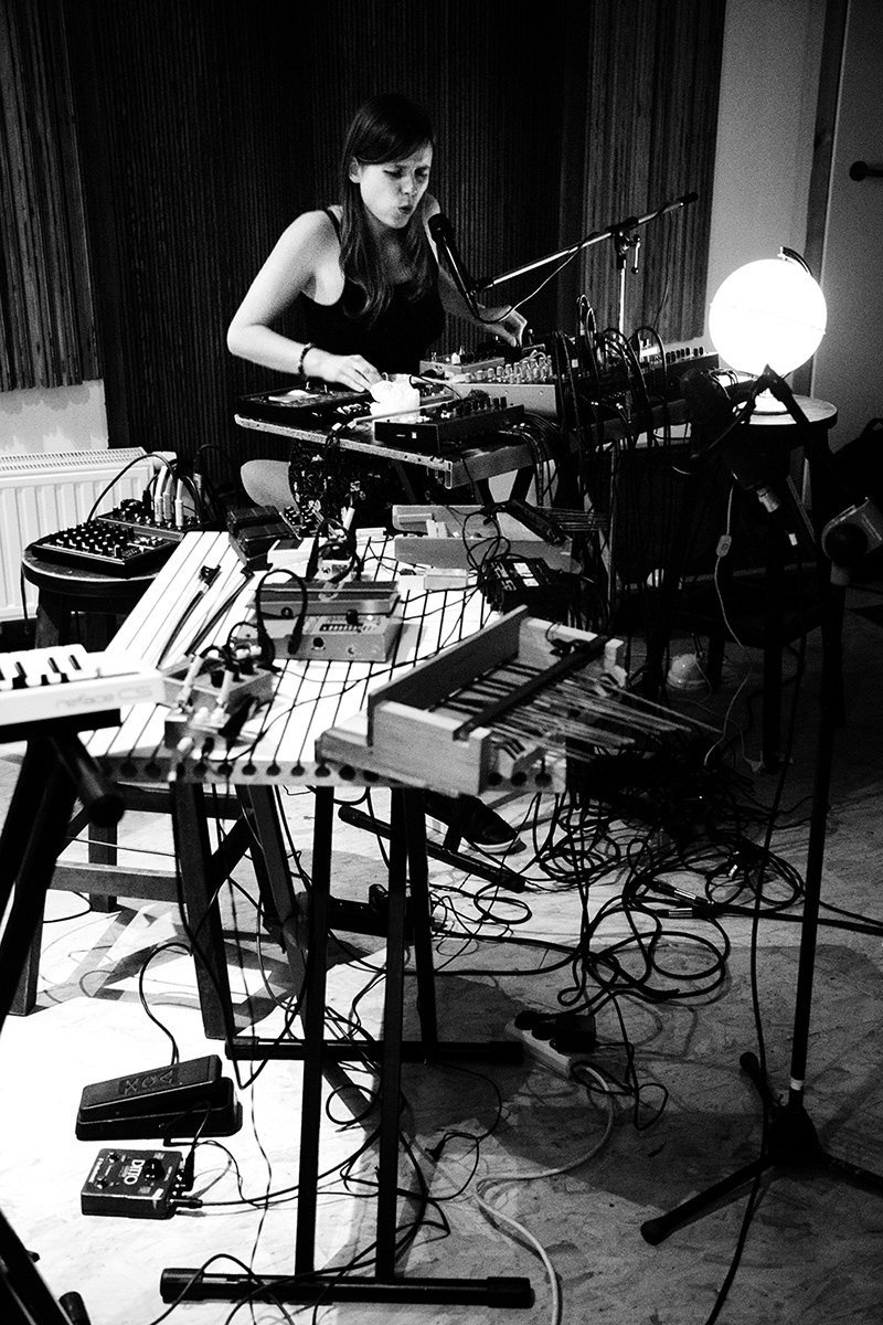 Lynn Cassiers by Laurent Orseau - Fly Music Studio - Brussels, Belgium #4
