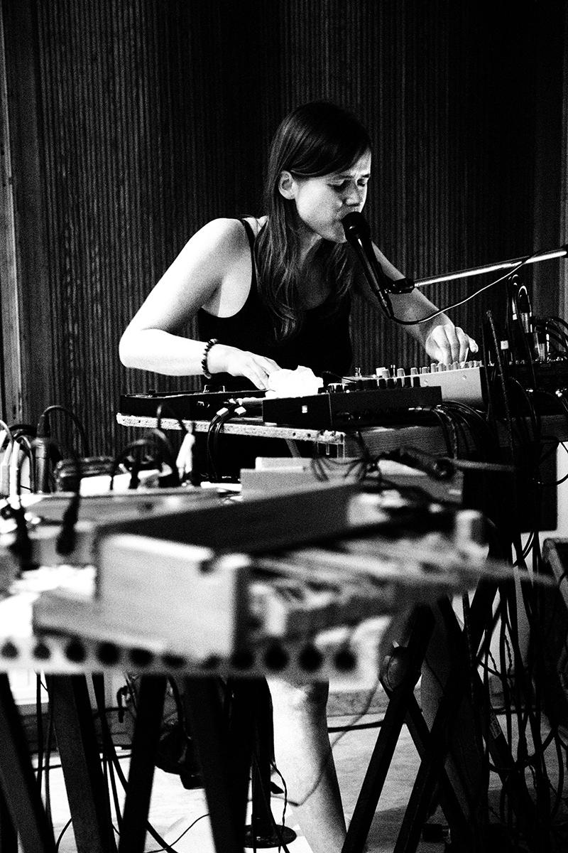 Lynn Cassiers by Laurent Orseau - Fly Music Studio - Brussels, Belgium #5
