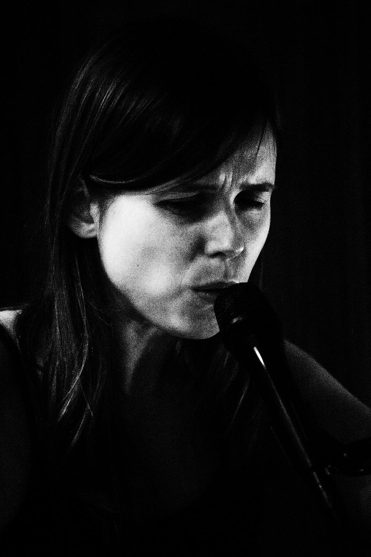 Lynn Cassiers by Laurent Orseau - Fly Music Studio - Brussels, Belgium #9