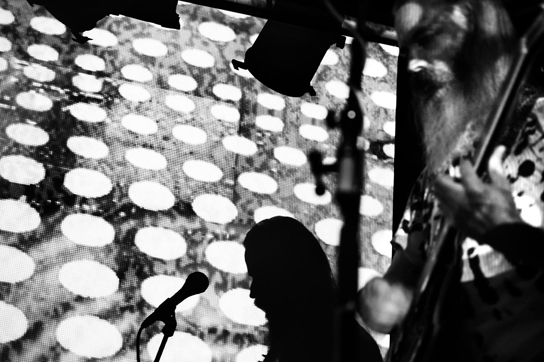 Moon Duo by Laurent Orseau - Concert - Les Ateliers Claus - Brussels, Belgium #14