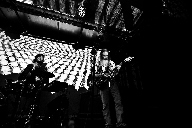 Moon Duo by Laurent Orseau - Concert - Les Ateliers Claus - Brussels, Belgium #3