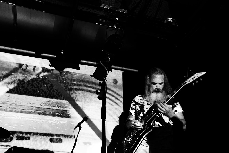 Moon Duo by Laurent Orseau - Concert - Les Ateliers Claus - Brussels, Belgium #5