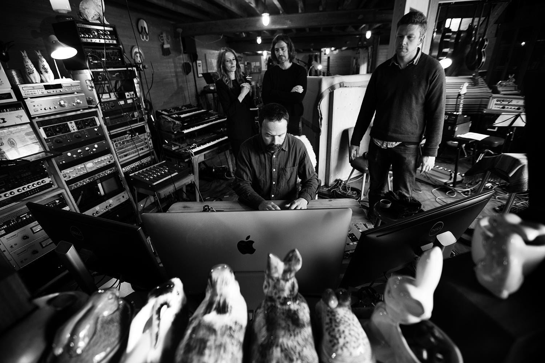 Nel Ponsaers with Frederic Lyenn Jacques & Frederik Meulyzer - Recording - The Rabbit Field - Antwerp, Belgium