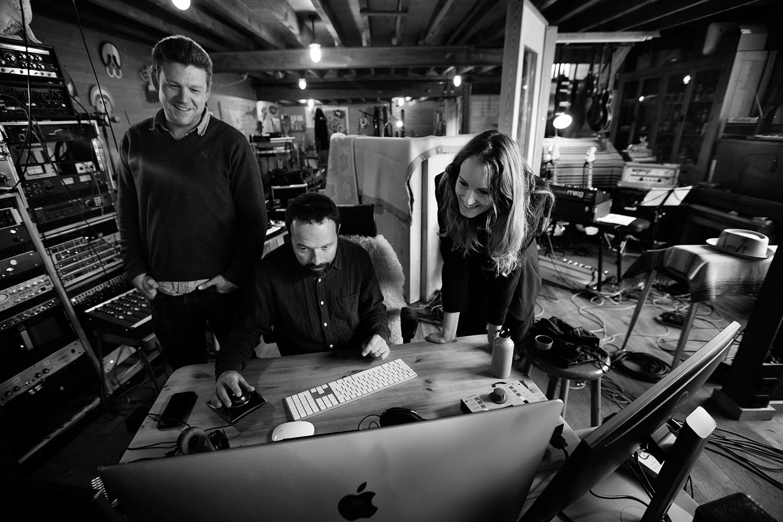 Nel Ponsaers with Frederic Lyenn Jacques & Frederik Meulyzer by Laurent Orseau - Recording - The Rabbit Field - Antwerp, Belgium #2