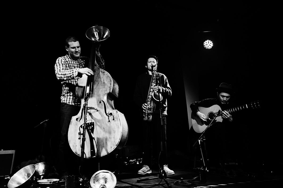 Pascal Niggenkemper & Joachim Badenhorst & Riuichi Daijo & Jean-Yves Evrard by Laurent Orseau - Concert - Les Ateliers Claus - Brussels, Belgium #4