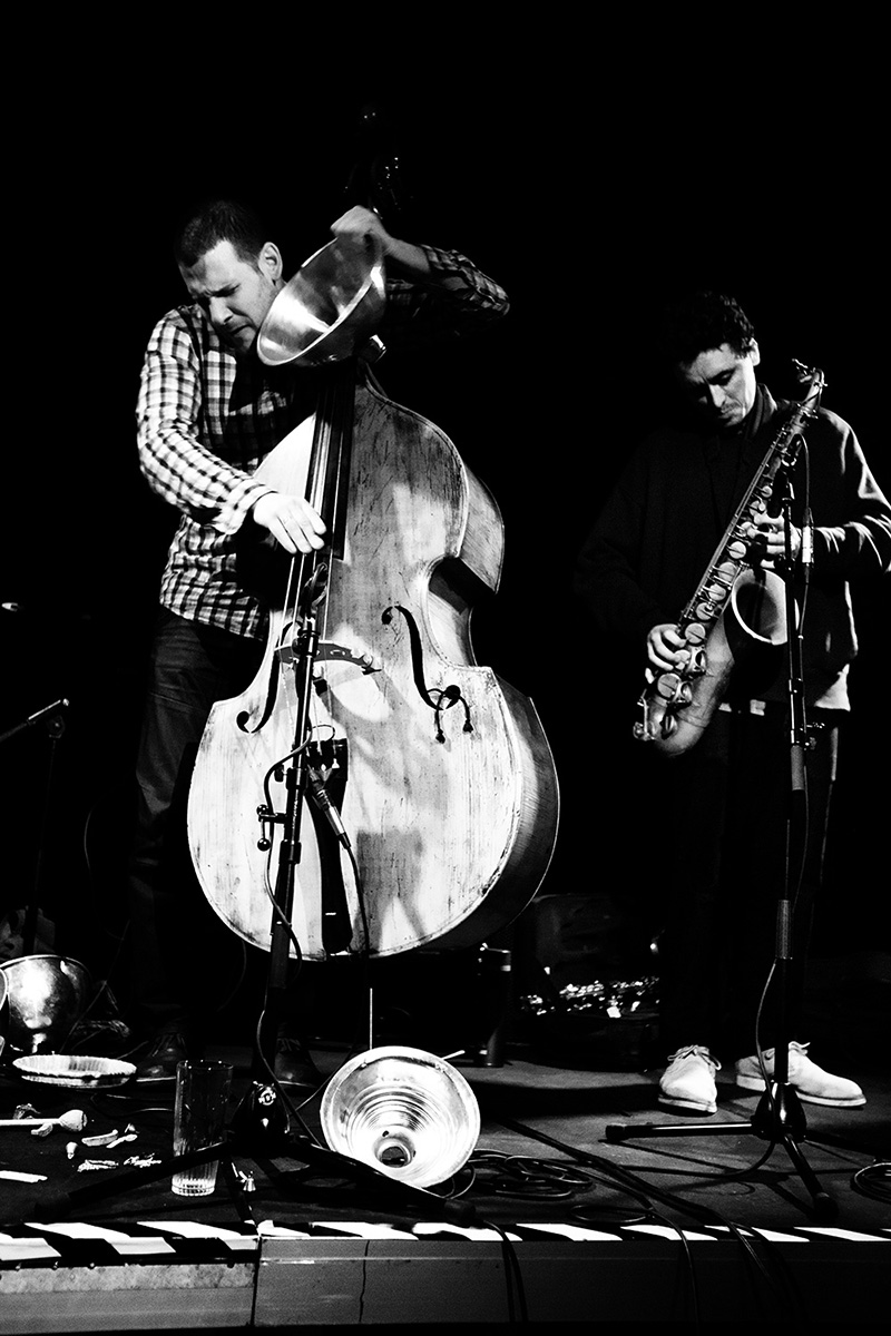 Pascal Niggenkemper & Joachim Badenhorst & Riuichi Daijo & Jean-Yves Evrard by Laurent Orseau - Concert - Les Ateliers Claus - Brussels, Belgium #7