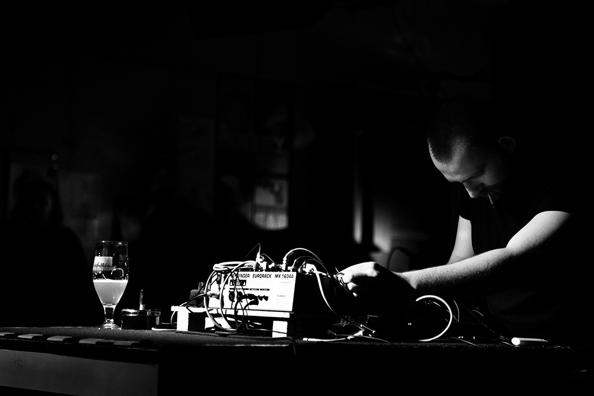 Nuances d'engrais by Laurent Orseau - Concert - Les Ateliers Claus - Brussels, Belgium #4