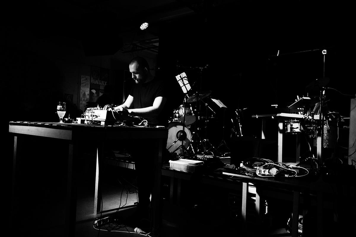 Nuances d'engrais by Laurent Orseau - Concert - Les Ateliers Claus - Brussels, Belgium #5