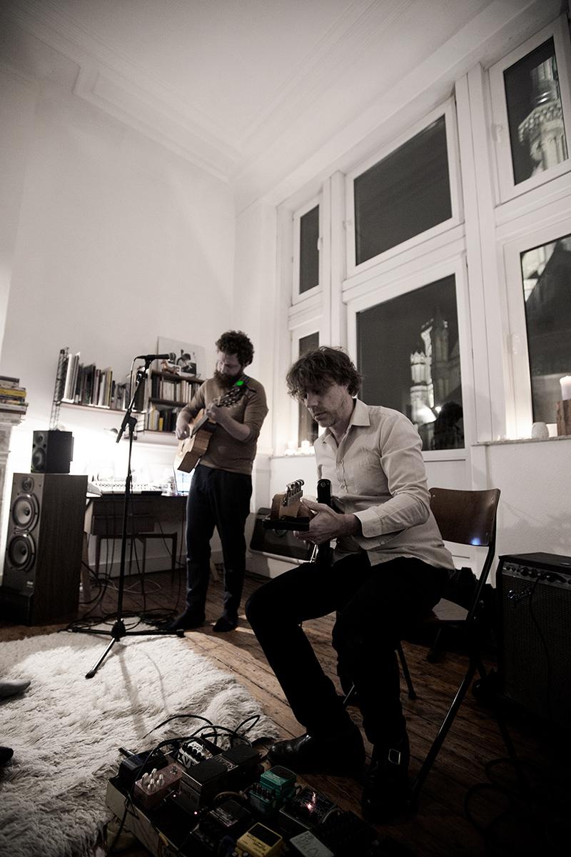 Orso Jesenska by Laurent Orseau - Concert en appartement - Brussels, Belgium #7