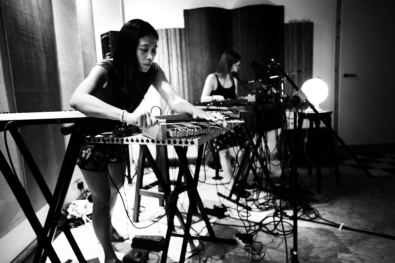 Pak Yan Lau & Lynn Cassiers by Laurent Orseau - Fly Music Studio - Brussels, Belgium #3