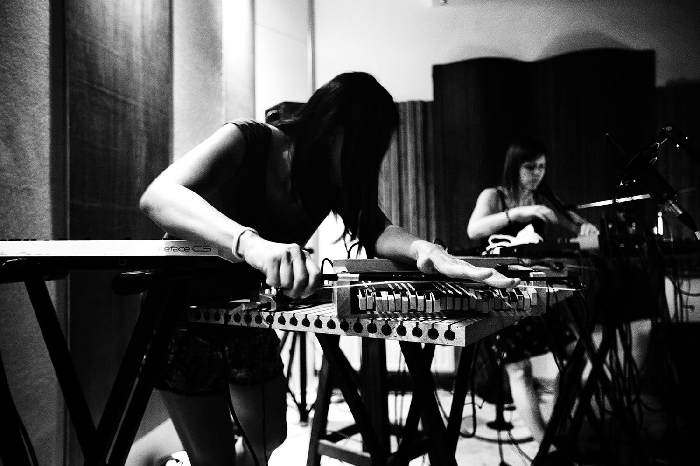Pak Yan Lau & Lynn Cassiers by Laurent Orseau - Fly Music Studio - Brussels, Belgium #4