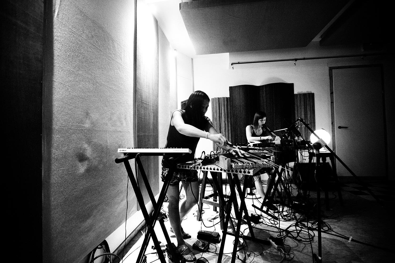 Pak Yan Lau & Lynn Cassiers by Laurent Orseau - Fly Music Studio - Brussels, Belgium #7