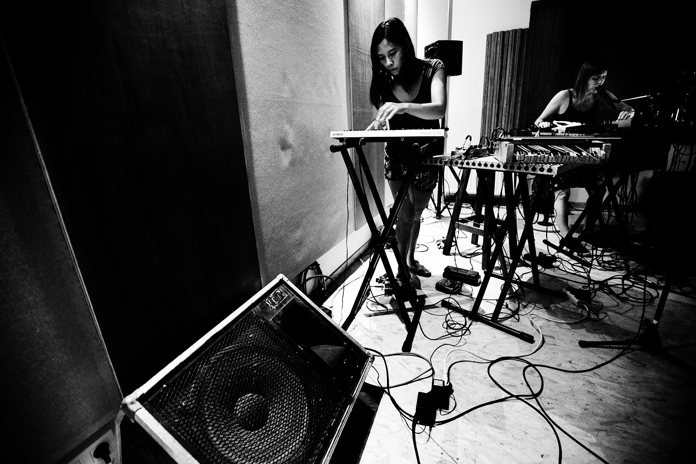 Pak Yan Lau & Lynn Cassiers by Laurent Orseau - Fly Music Studio - Brussels, Belgium #8