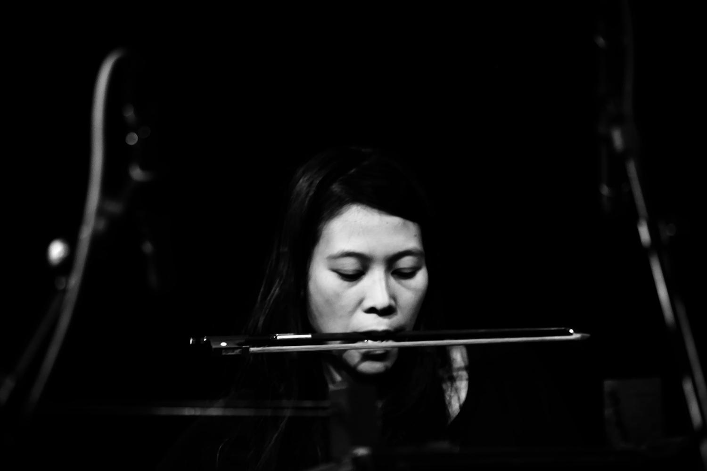 Pak Yan Lau by Laurent Orseau - Concert - Les Ateliers Claus - Brussels, Belgium #10