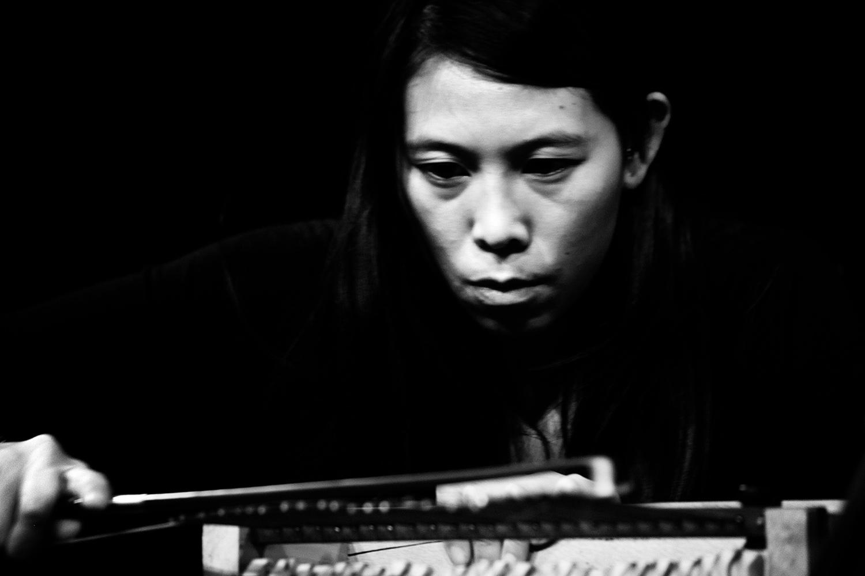 Pak Yan Lau by Laurent Orseau - Concert - Les Ateliers Claus - Brussels, Belgium #12