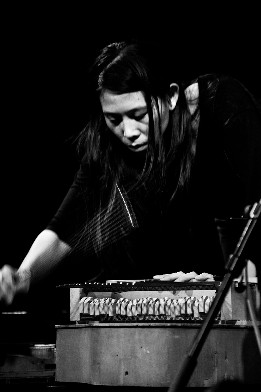 Pak Yan Lau by Laurent Orseau - Concert - Les Ateliers Claus - Brussels, Belgium #15