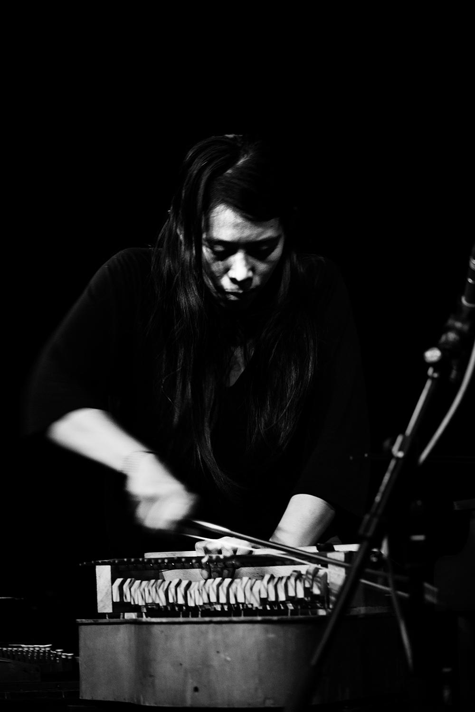 Pak Yan Lau by Laurent Orseau - Concert - Les Ateliers Claus - Brussels, Belgium #18