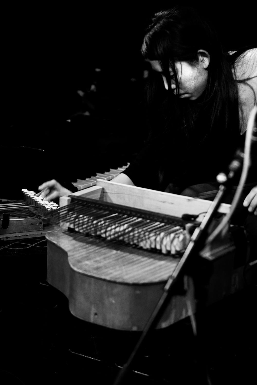 Pak Yan Lau by Laurent Orseau - Concert - Les Ateliers Claus - Brussels, Belgium #19