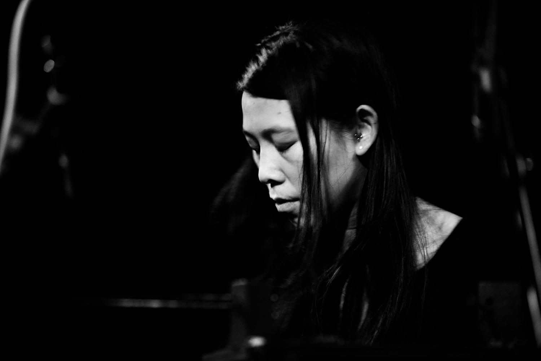 Pak Yan Lau by Laurent Orseau - Concert - Les Ateliers Claus - Brussels, Belgium #20