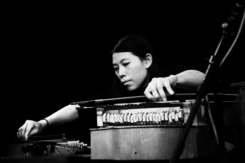 Pak Yan Lau by Laurent Orseau - Concert - Les Ateliers Claus - Brussels, Belgium #3