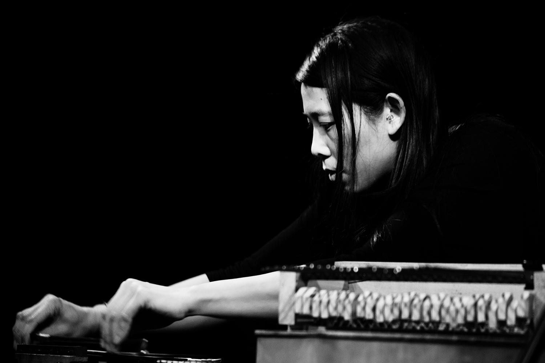 Pak Yan Lau by Laurent Orseau - Concert - Les Ateliers Claus - Brussels, Belgium #6