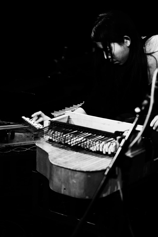 Pak Yan Lau by Laurent Orseau - Concert - Les Ateliers Claus - Brussels, Belgium #7