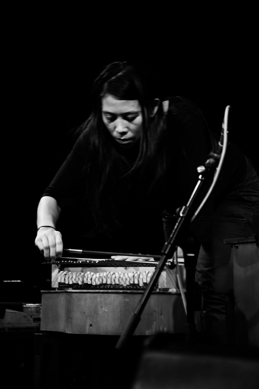 Pak Yan Lau by Laurent Orseau - Concert - Les Ateliers Claus - Brussels, Belgium #8