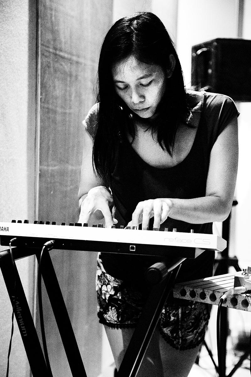 Pak Yan Lau by Laurent Orseau - Fly Music Studio - Brussels, Belgium #3