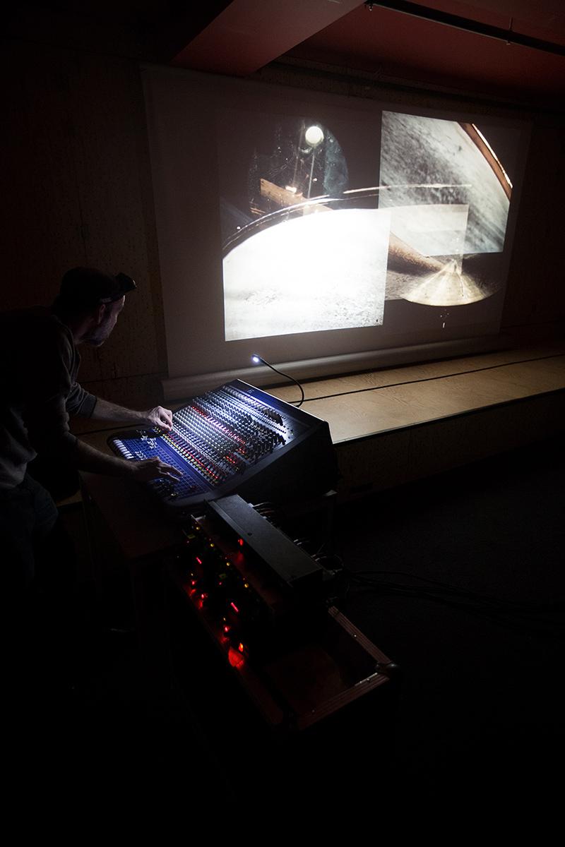 Paul Destieu by Laurent Orseau - Concert - Les Ateliers Claus - Brussels, Belgium #6