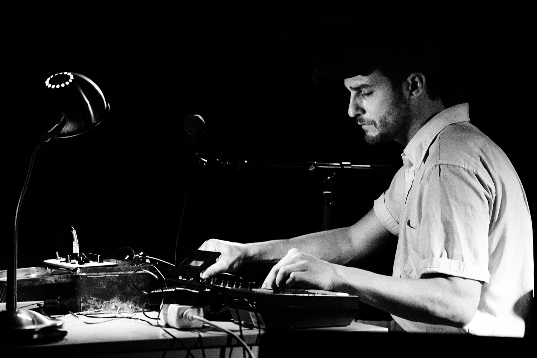 People Skills by Laurent Orseau - Concert - Les Ateliers Claus - Brussels, Belgium #6