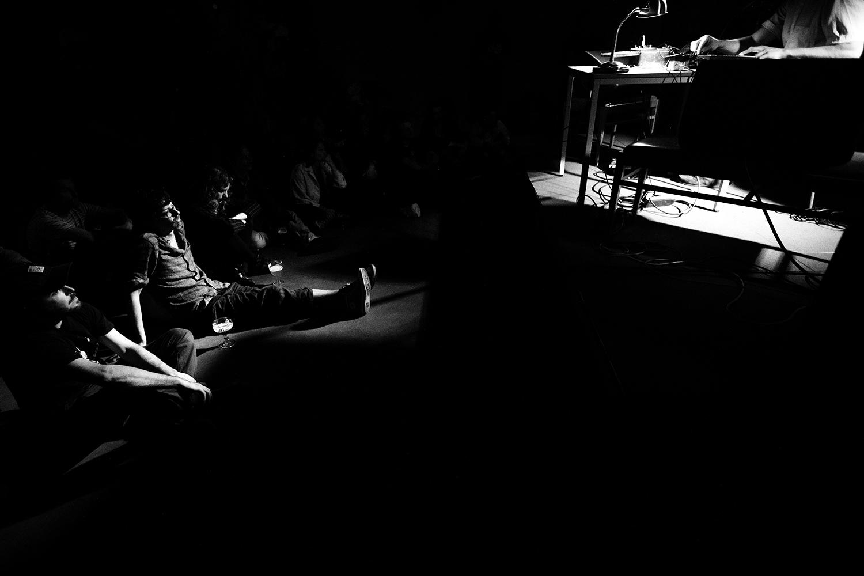 People Skills by Laurent Orseau - Concert - Les Ateliers Claus - Brussels, Belgium #9
