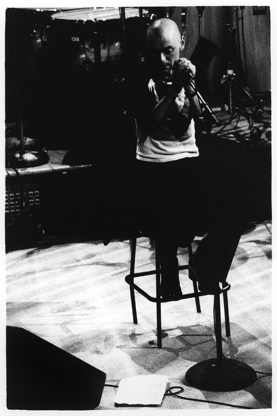 Perry Blake by Laurent Orseau - Black Sessions - La Maison de la Radio - Paris, France #4