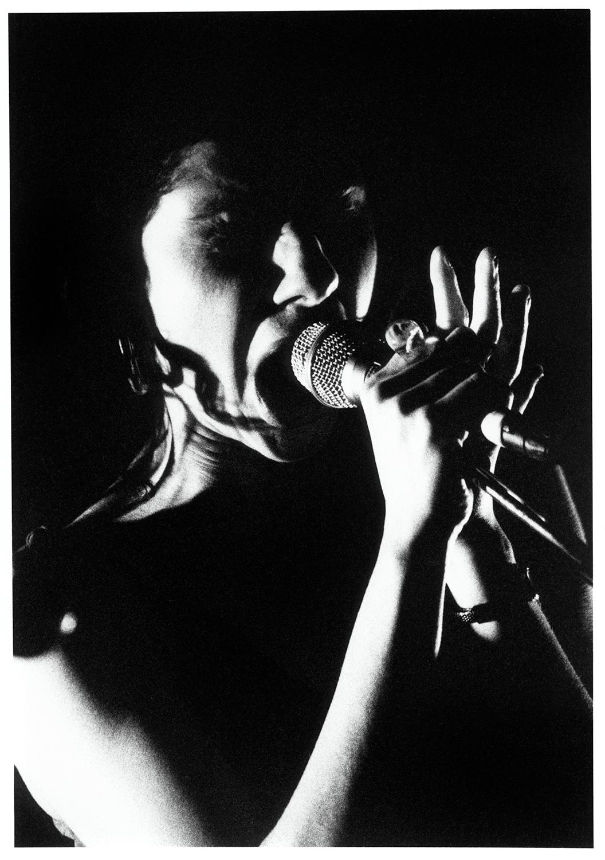 PJ Harvey by Laurent Orseau - Black Sessions - Le Cabaret Sauvage - Paris, France #1