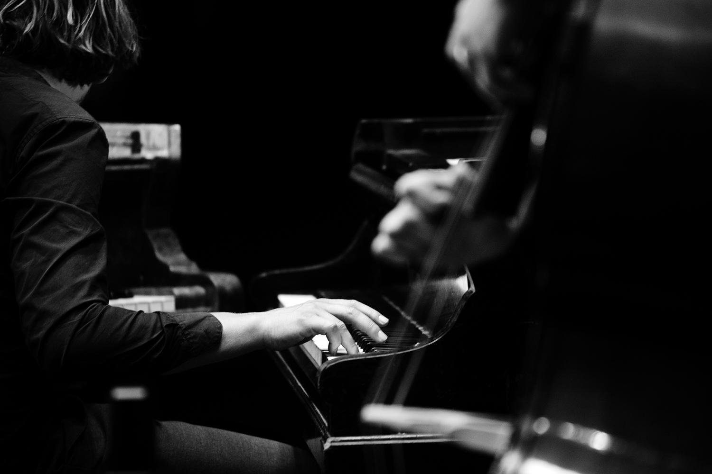 Playing With Standards Trio (Seppe Gebruers & Nils Vermeulen & Paul Lytton) by Laurent Orseau - Summer Bummer Festival - De Studio - Antwerp, Belgium #11