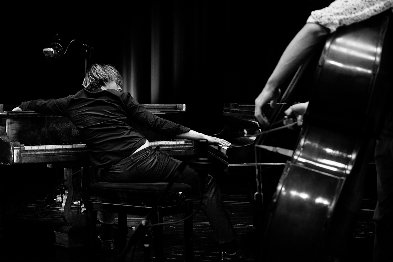 Playing With Standards Trio (Seppe Gebruers & Nils Vermeulen & Paul Lytton) by Laurent Orseau - Summer Bummer Festival - De Studio - Antwerp, Belgium #7
