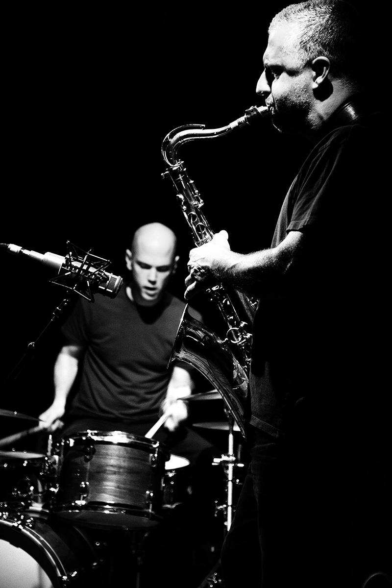 Rodrigo Amado & Chris Corsano by Laurent Orseau - Les Ateliers Claus - Brussels, Belgium #2