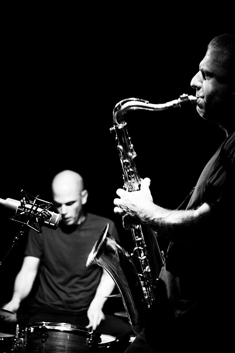 Rodrigo Amado & Chris Corsano by Laurent Orseau - Les Ateliers Claus - Brussels, Belgium #7