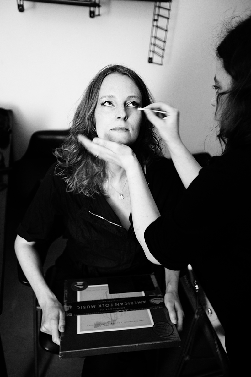 The Golden Glows - Backstage by Laurent Orseau - AB Salon - Brussels, Belgium #4