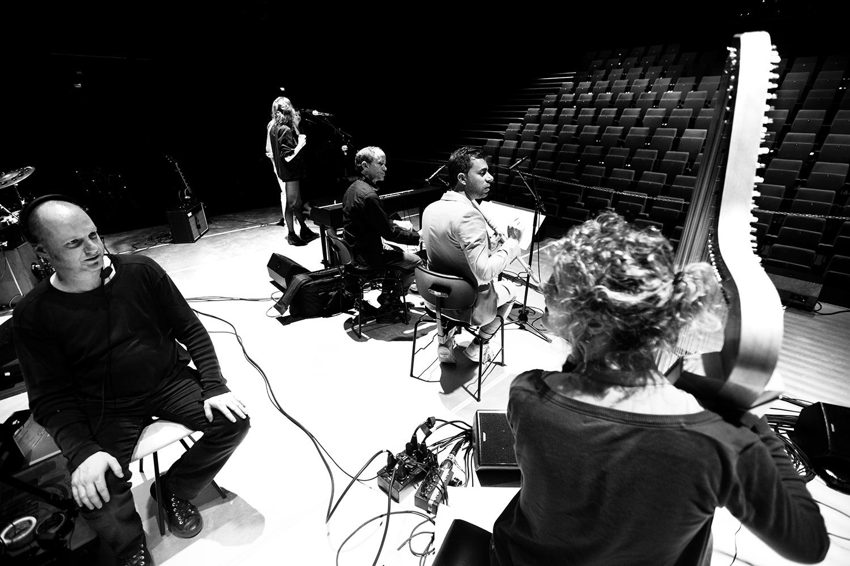 The Golden Glows & B.O.X by Laurent Orseau - Concert - deSingel - Antwerp, Belgium #23