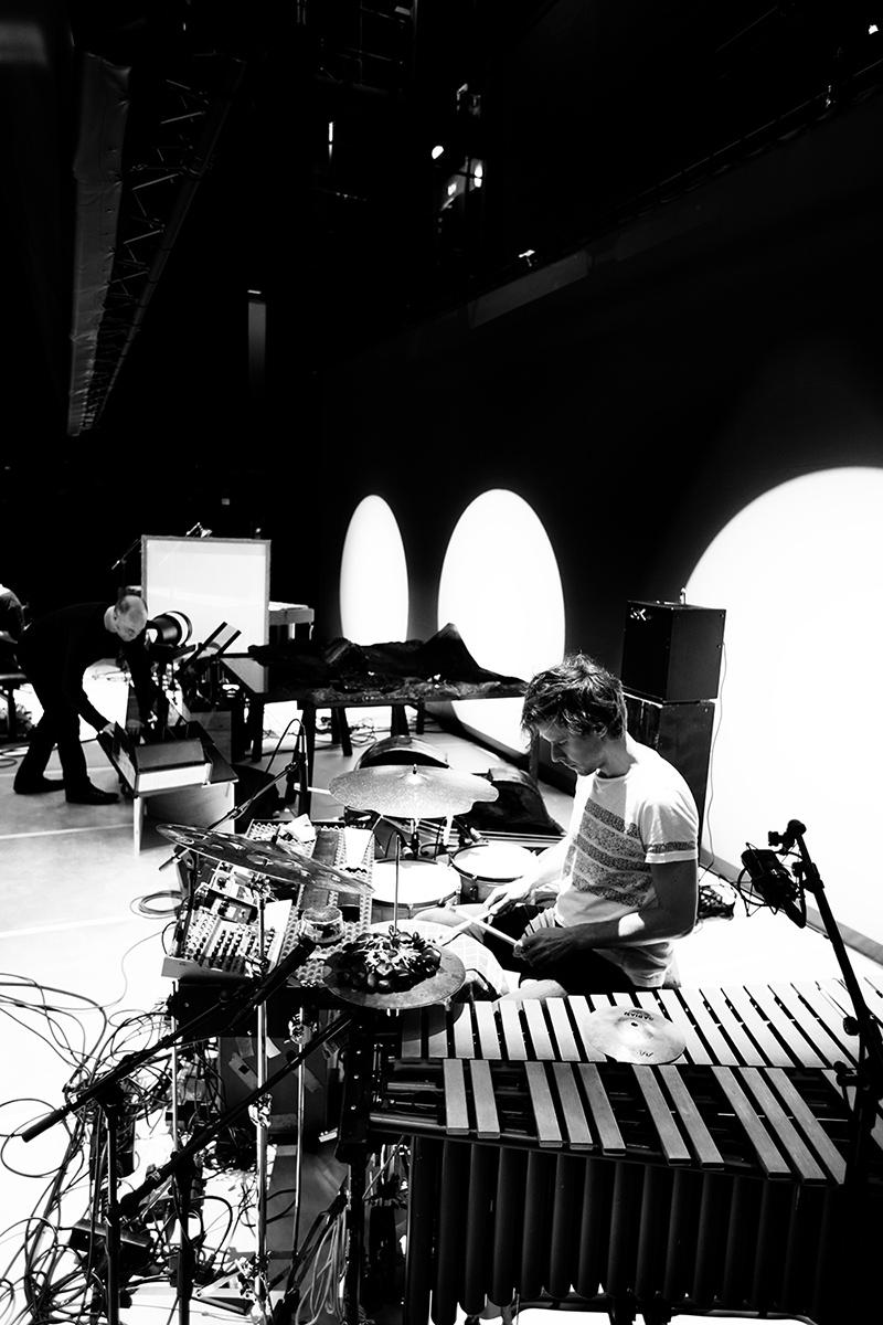 The Golden Glows & B.O.X by Laurent Orseau - Concert - deSingel - Antwerp, Belgium #32
