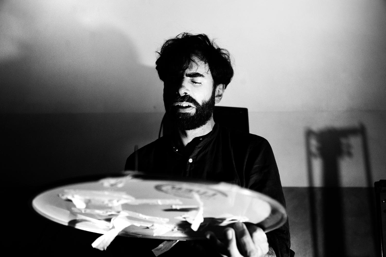 Thomas Bonvalet & Jean-Luc Guionnet by Laurent Orseau - Concert - Instants Chavirés - Montreuil, France #12