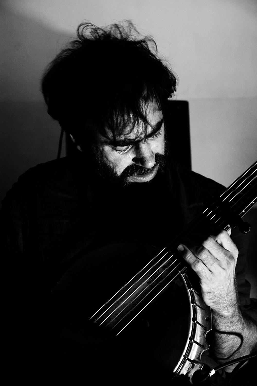 Thomas Bonvalet & Jean-Luc Guionnet by Laurent Orseau - Concert - Instants Chavirés - Montreuil, France #4