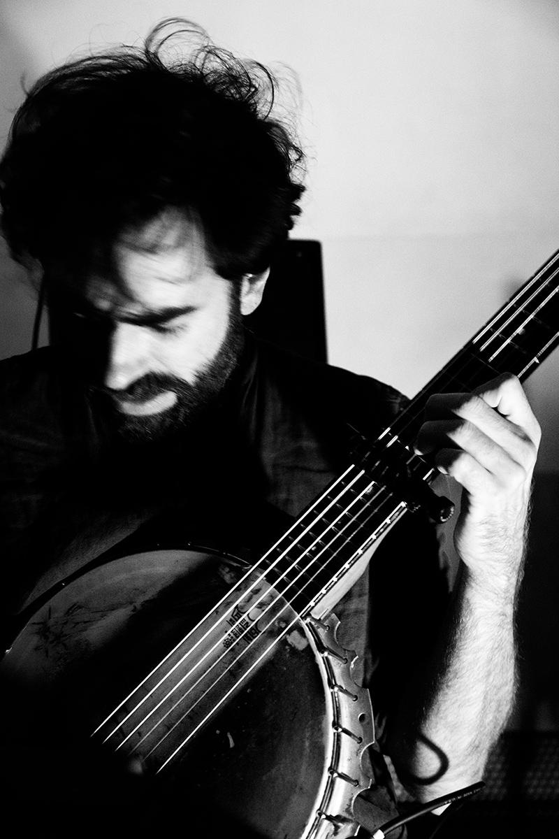 Thomas Bonvalet & Jean-Luc Guionnet by Laurent Orseau - Concert - Instants Chavirés - Montreuil, France #5