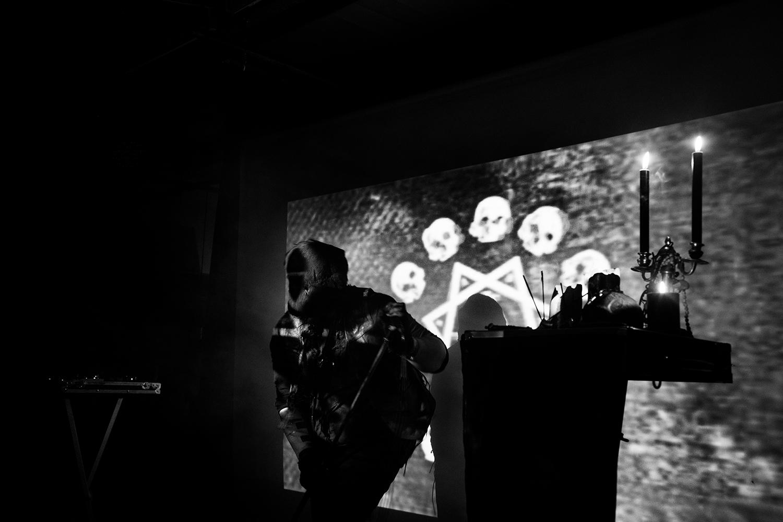 Trepaneringsritualen by Laurent Orseau - Les Ateliers Claus - Brussels, Belgium #3
